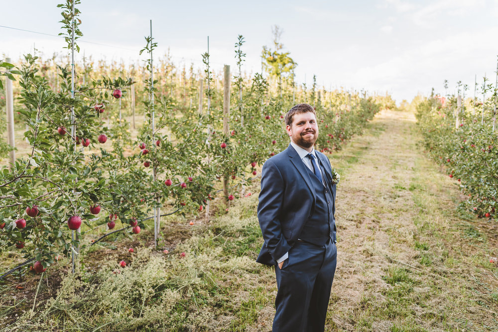 Sam&JoeBadSeedCiderWeddingHudsonValleyWedding (70).jpg