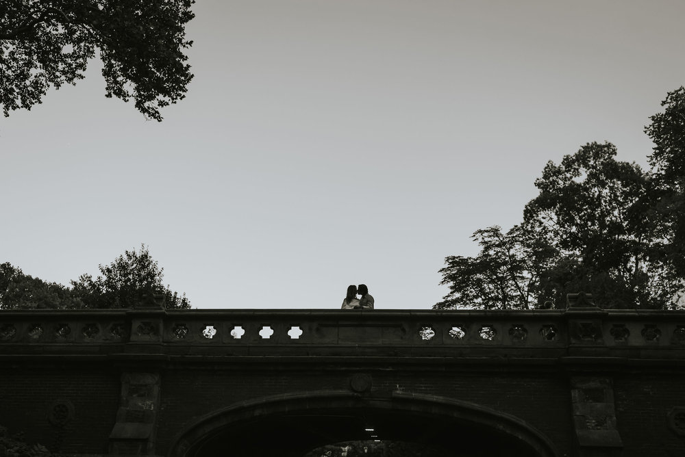 DANIELA & ANGEL - CENTRAL PARK ENGAGEMENT 08.jpg
