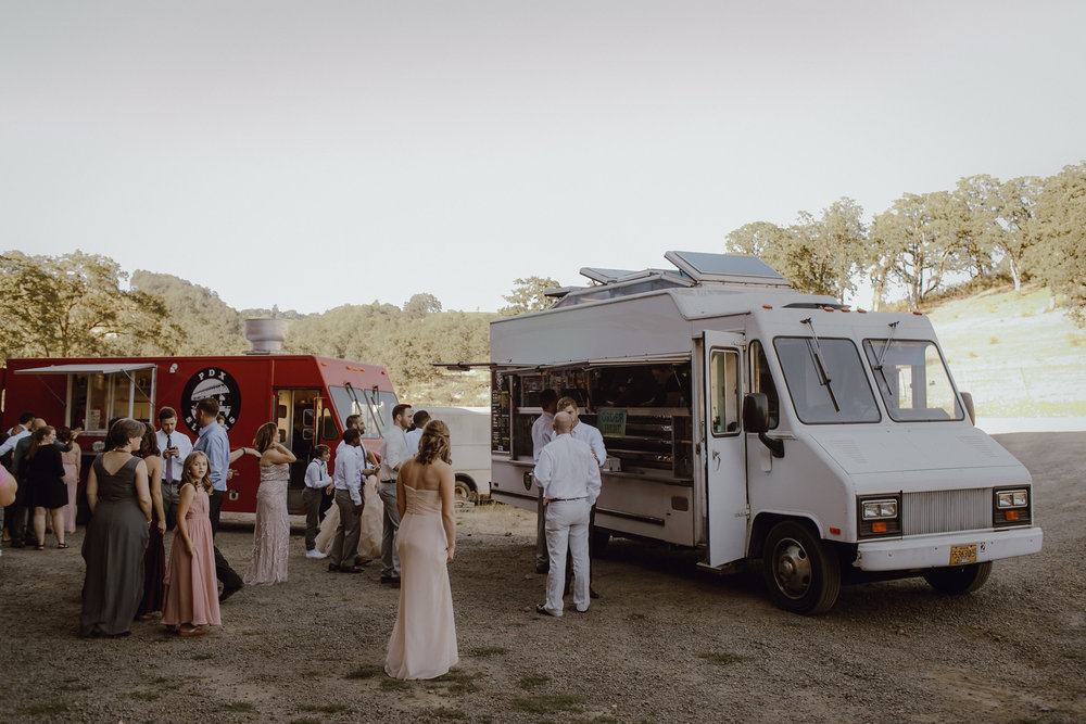 food truck wedding-02