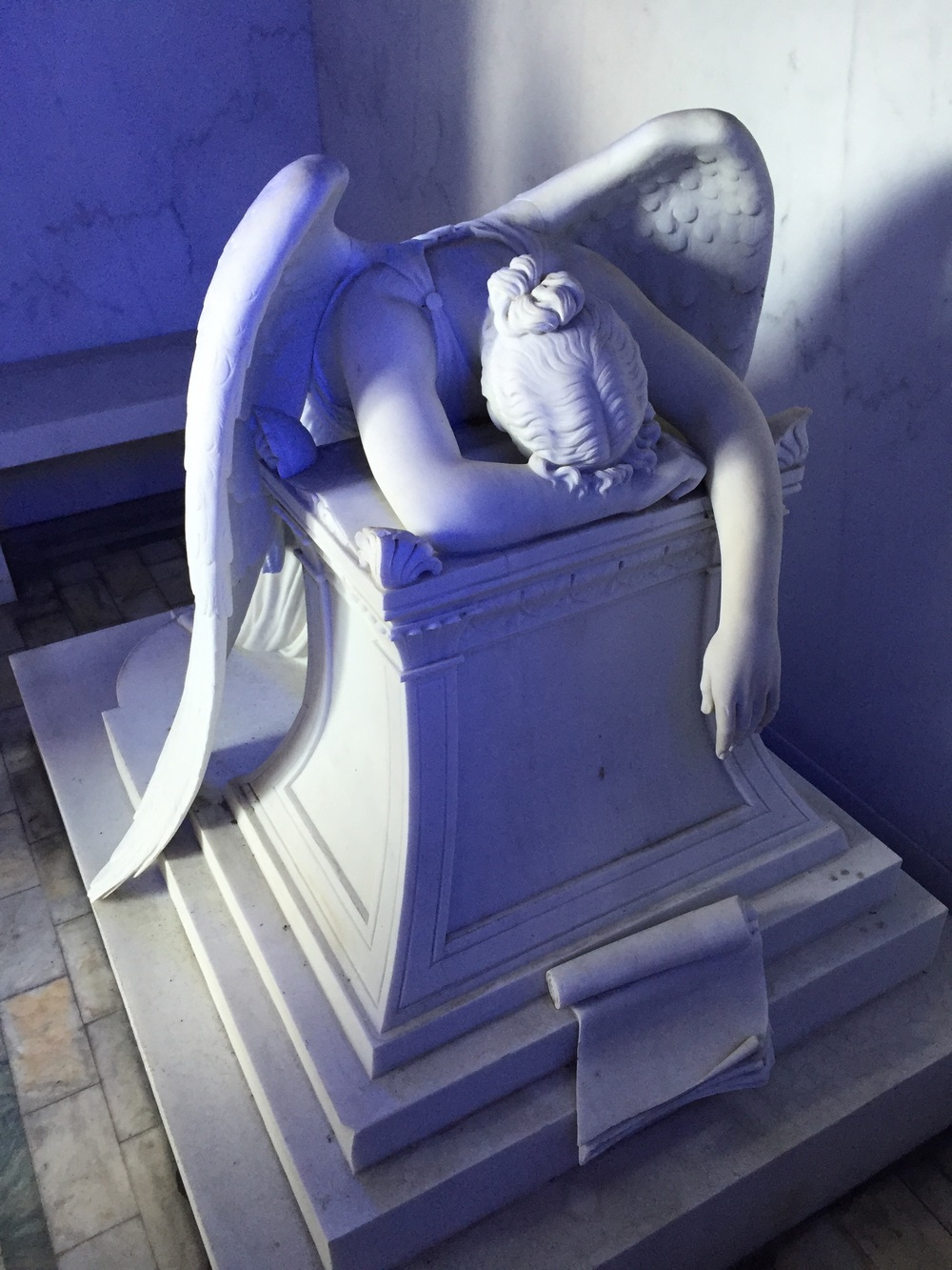Sorrowful Angel, Metairie Cemetery