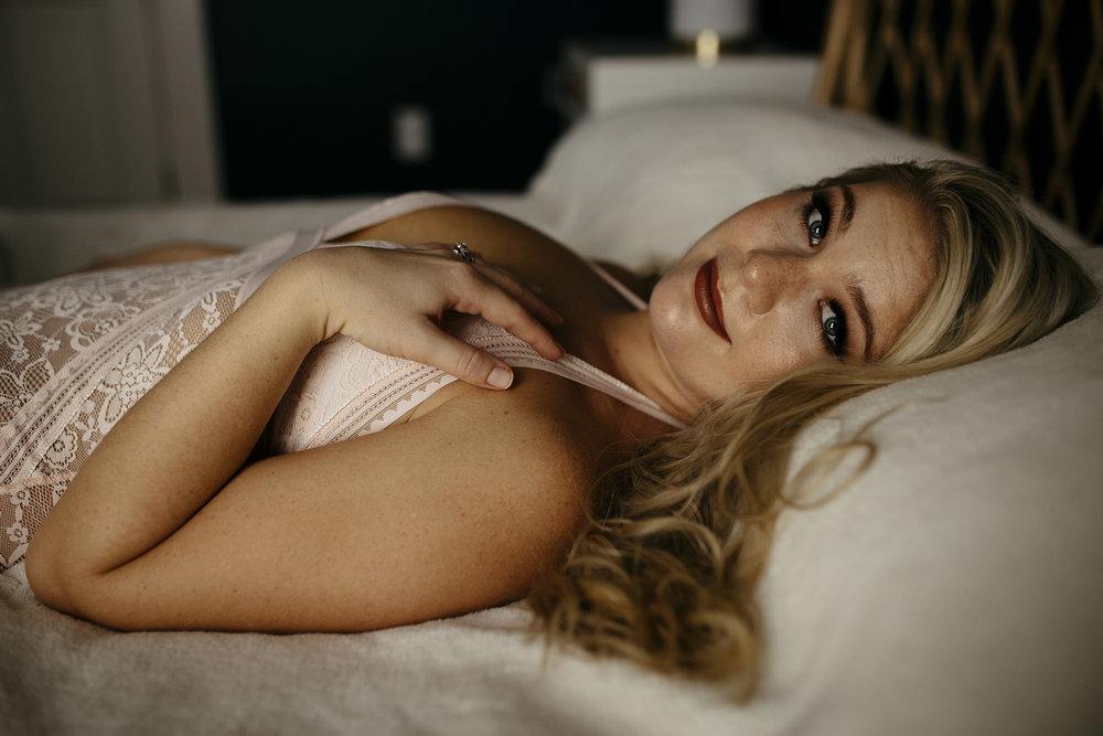 boudoir session posing tips atlanta