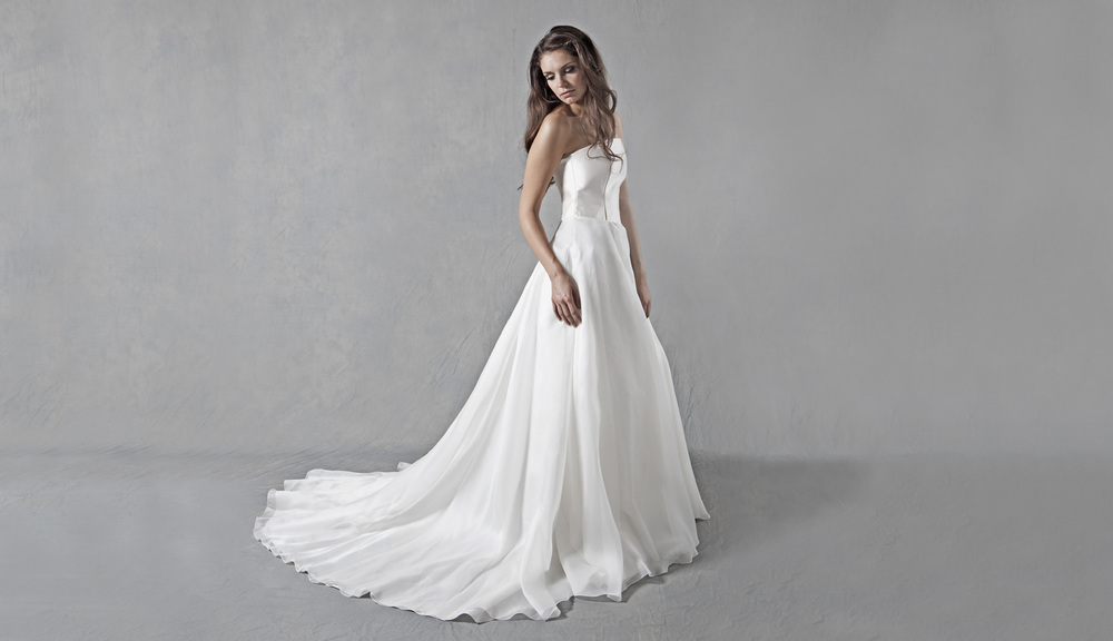 Lucy martin bridal full skirt wedding dress for Full skirt wedding dress