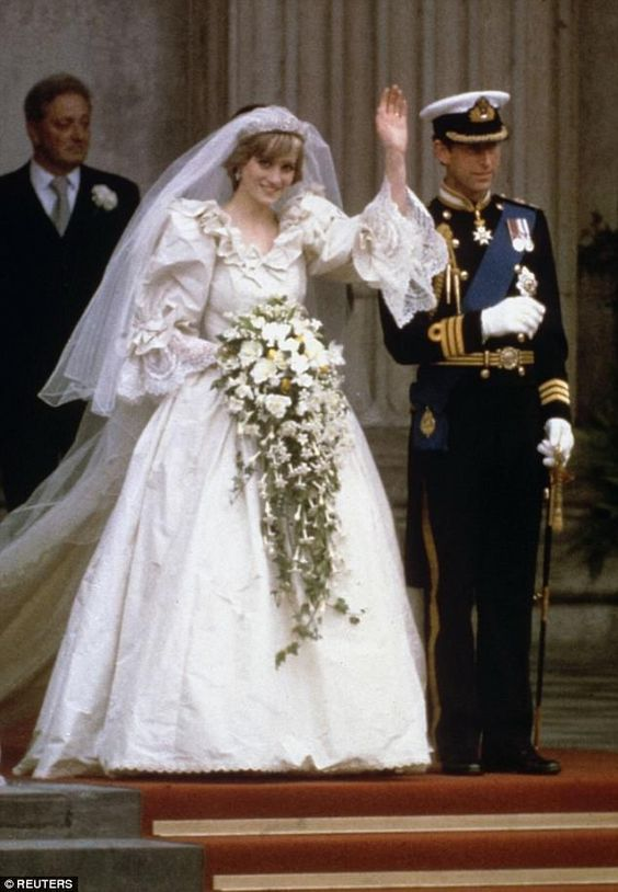 wedding dress princess diana.jpg