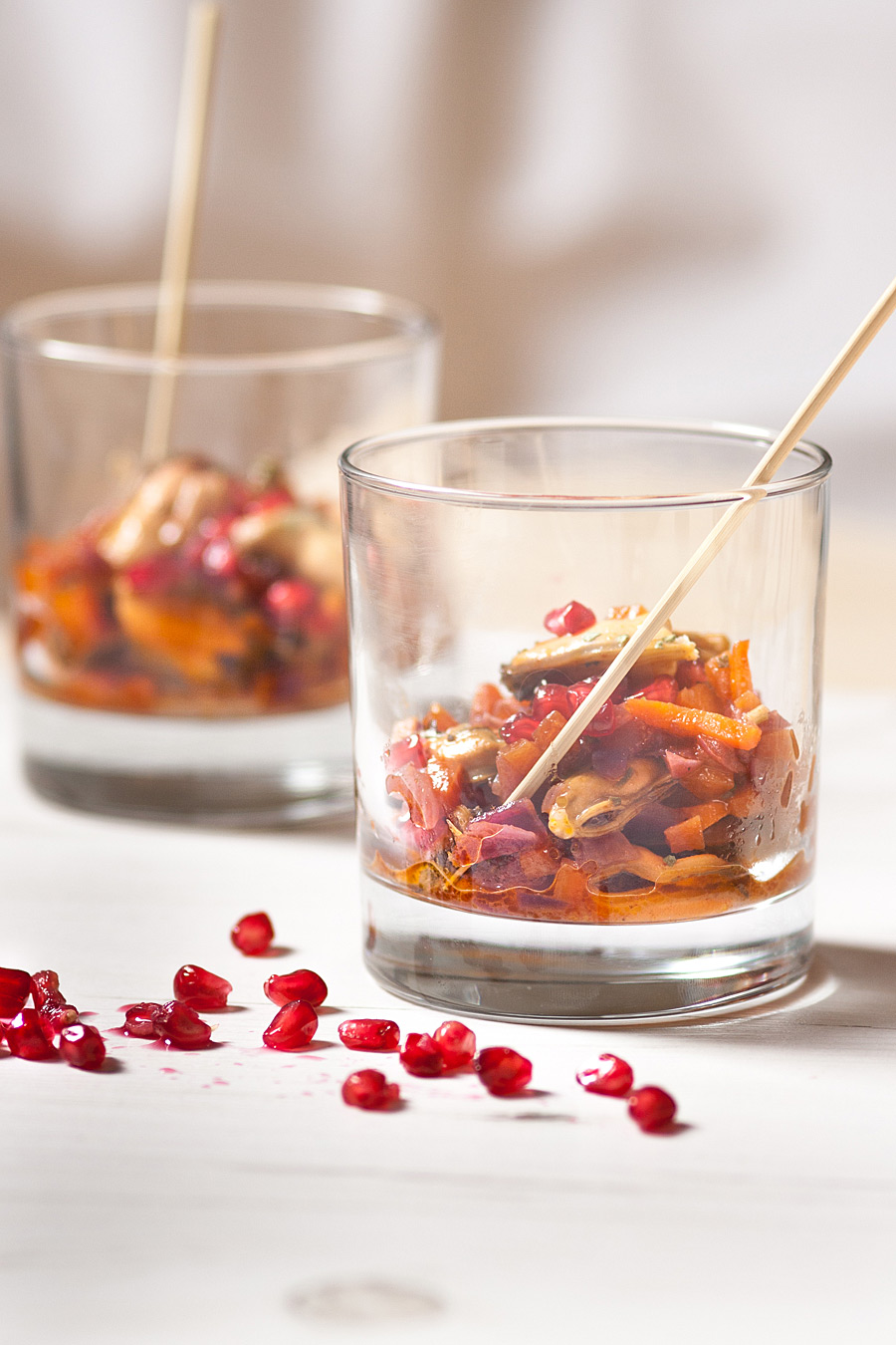Marinated mussels sprinkled with pomegranate|Lau Sunday cooks