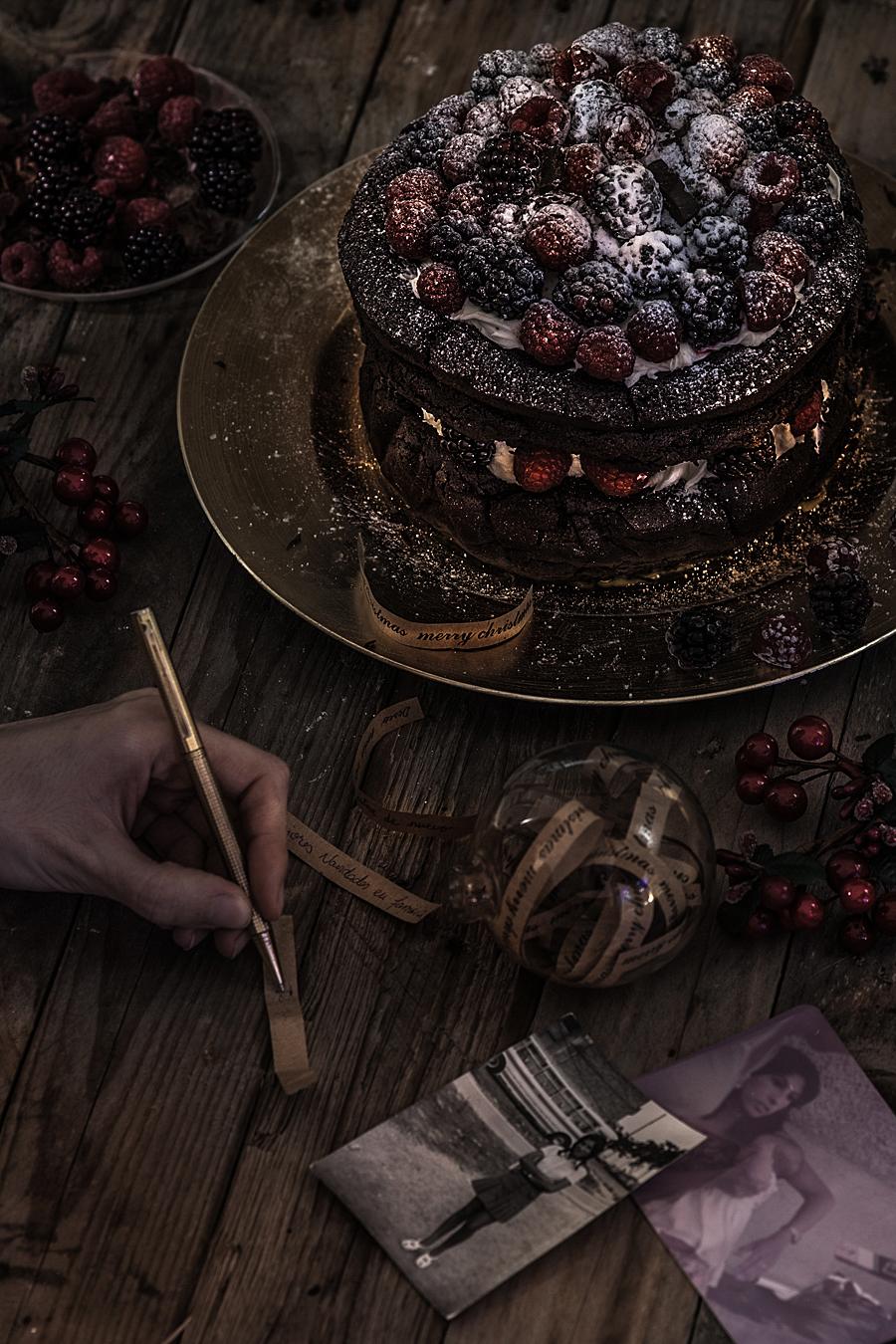 Christmas chocolate berries cake | Lau Sunday cooks_-2