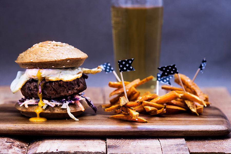 The Ultimate Paleo Burger buns | Lau Sunday cooks