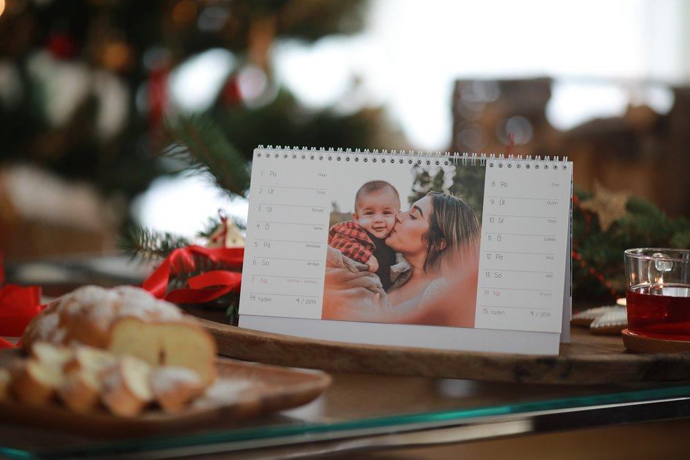 advent_6_set 25 stolních fotokalendářů.JPG