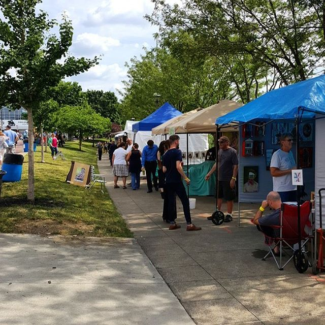 Stop down to the Arts Fest at the Heritage Port and see some of best art Wheeling has to offer! #wheelove #wheelingfeeling #gotowv #wheeling_shooters #wheelingweekend.