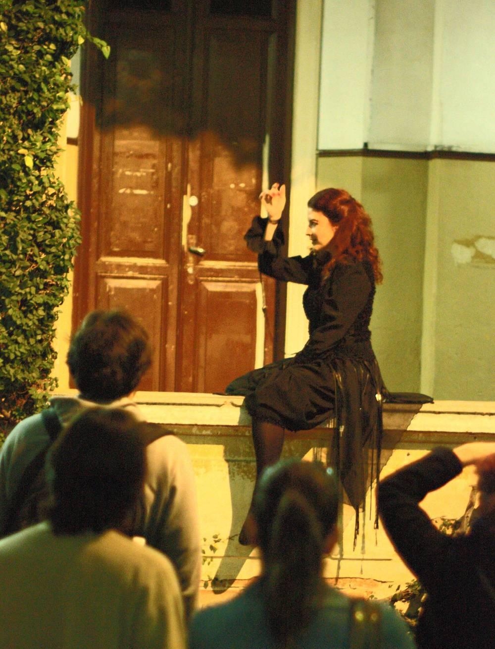 Como Dulcineusa, em  Casa de Cinzas, Terra Fechada.  (Foto: Flavio Soares)