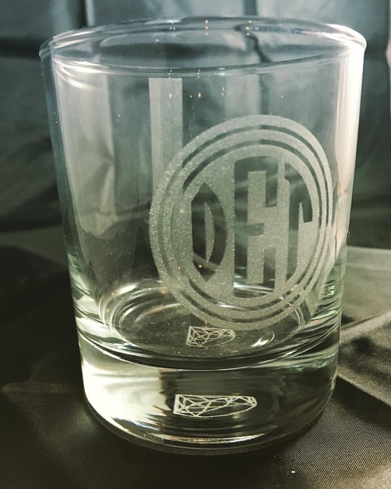 glassware100.jpg