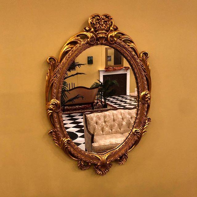 Furniture is finally in. Dear Carmencita opens July 12 @chicagoathletichotel with @artinstitutechi and @johallaprojects . . . . . #chicago #artinstitute #oilpainting #art #interiordesign #popup #gold #velvet #design #johnsingersargent