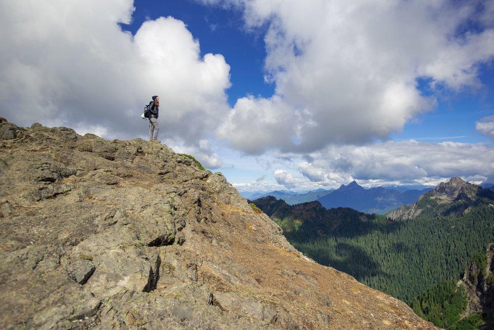 September 22, 2017 -- Mount Dickerman - Andrew Tat Photography -  Silverton, Washington -- day hike, hiking, Mountain Loop Highway, natural, North Cascades, outdoors, Pacific Northwest, washington - 0003.jpg