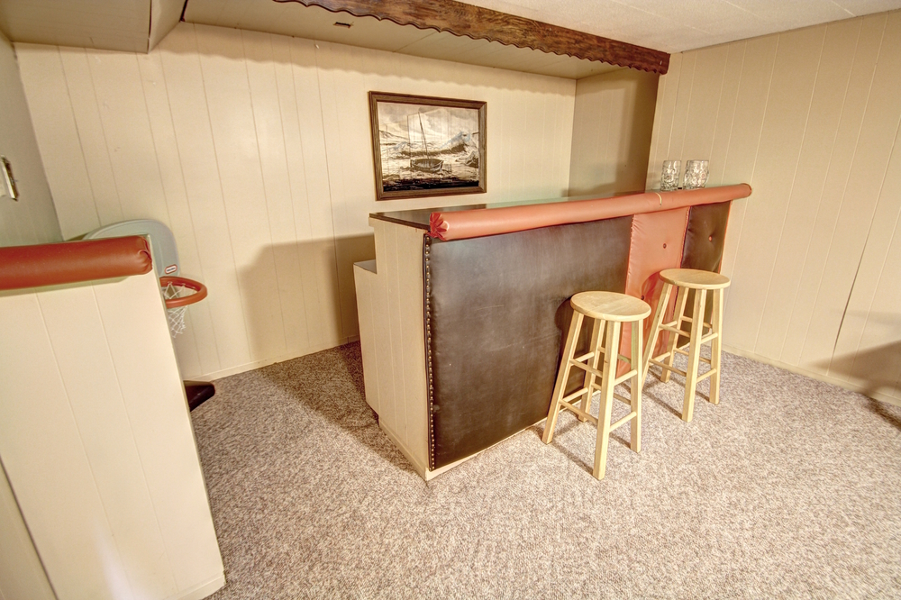 basement-bar.jpg