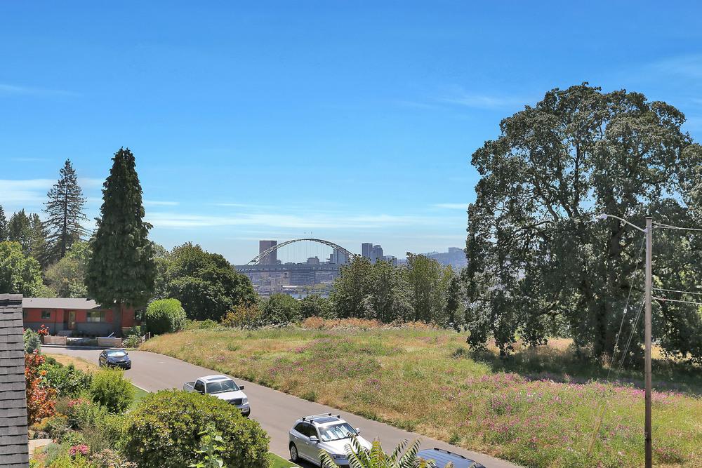 3986 N Overlook Ter - Portland- 25.jpg