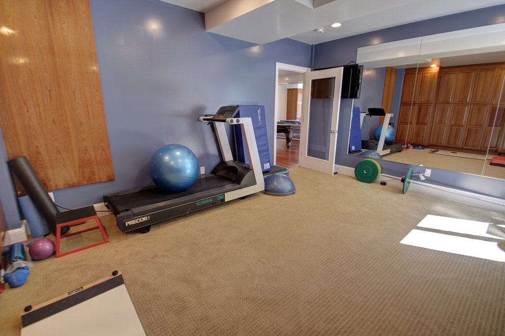 basement-gym2.jpg