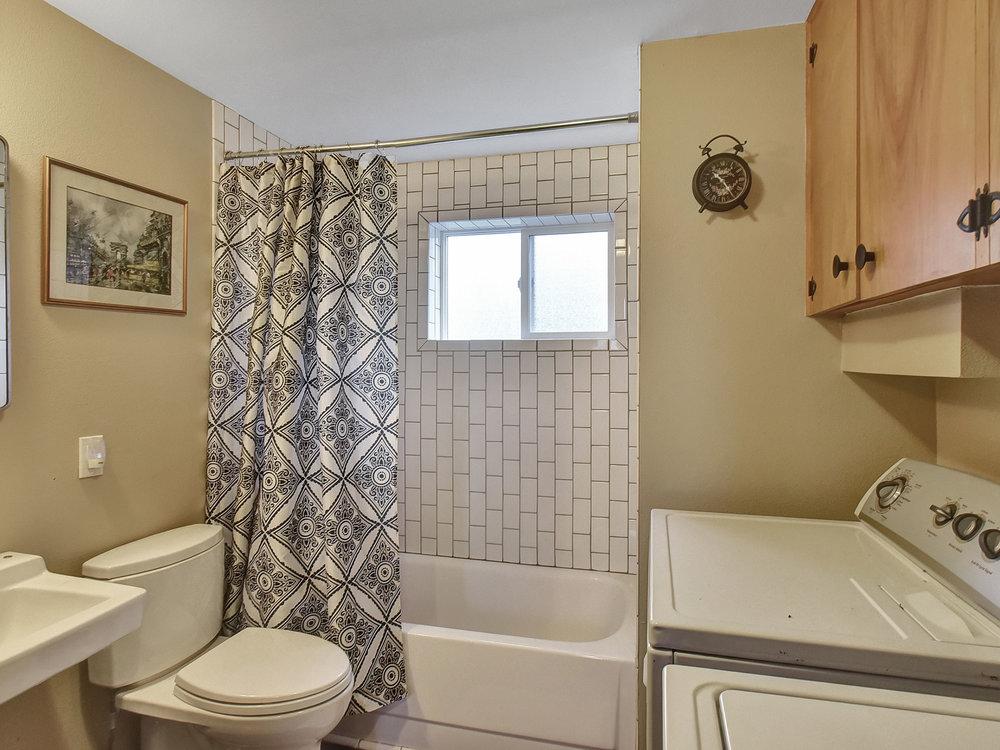 2385 SW Balsam Ave - Beaverton- 33.jpg