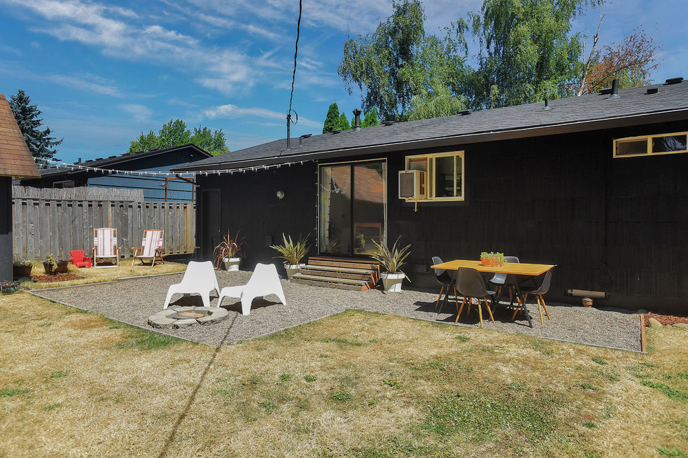 1847 SE 151st Ave - Portland - 37.jpg
