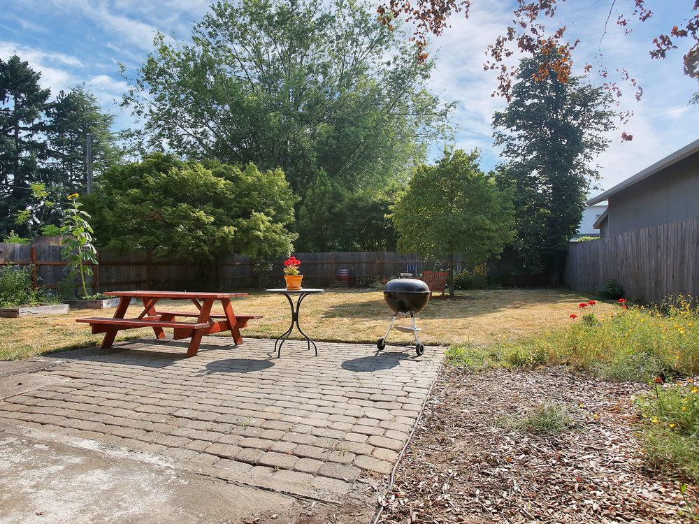 3304 SE 74th Ave - Portland- 25.jpg