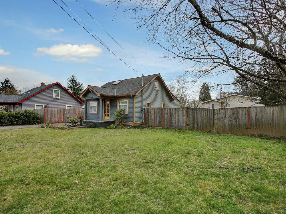 4326 NE Alberta St - Portland - 40.jpg