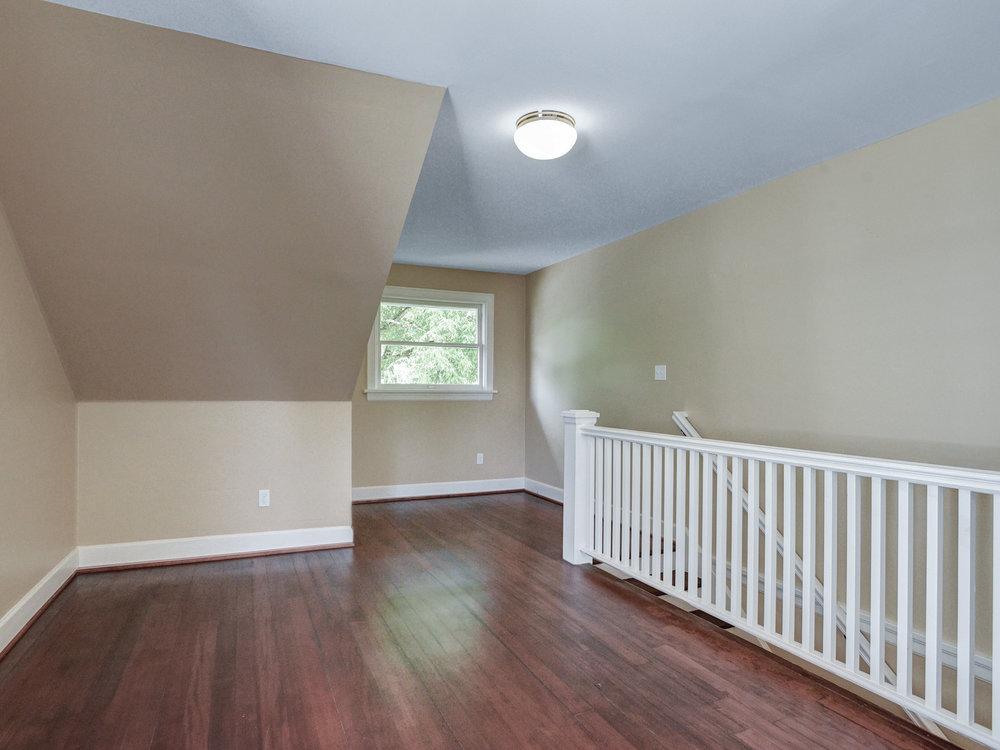 1732 NE Saratoga St - Portland- 30.jpg