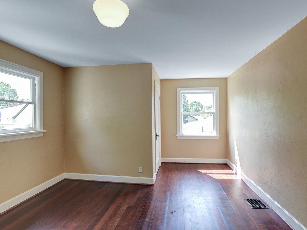 1732 NE Saratoga St - Portland- 35.jpg