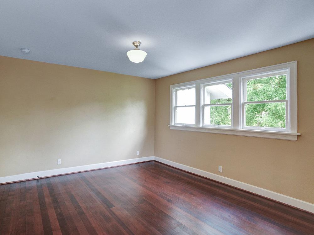 1732 NE Saratoga St - Portland- 36.jpg