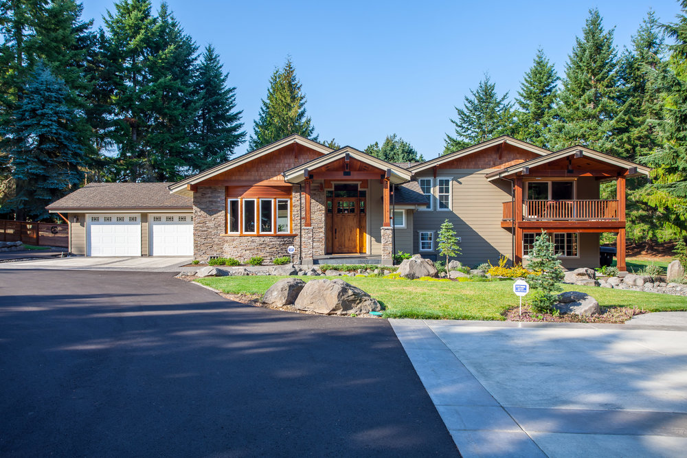 11705 SE 222nd Dr.<strong>$1,099,900</strong>