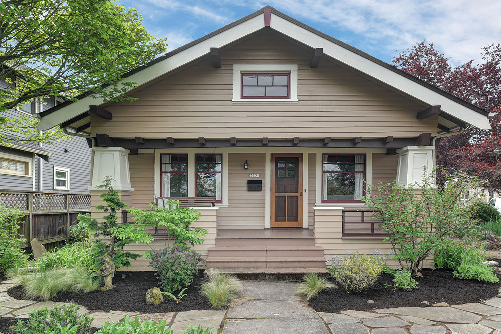3231 NE 71st Ave.<strong>SOLD</strong>