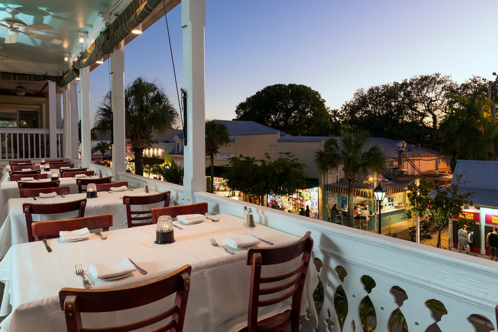 balcony, outdoor seating at Bagatelle restaurant