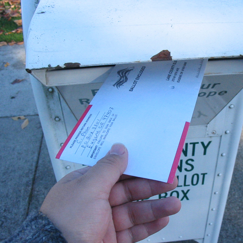 Oregonians will receive mail-in ballots any day and it never hurts to have some of the races handicapped by pollsters.