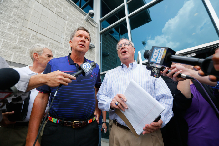 Ohio officials, including the governor, faced a crisis over safe water in Toledo. Direct, plainspoken affirmations would have helped reassure a wary public.