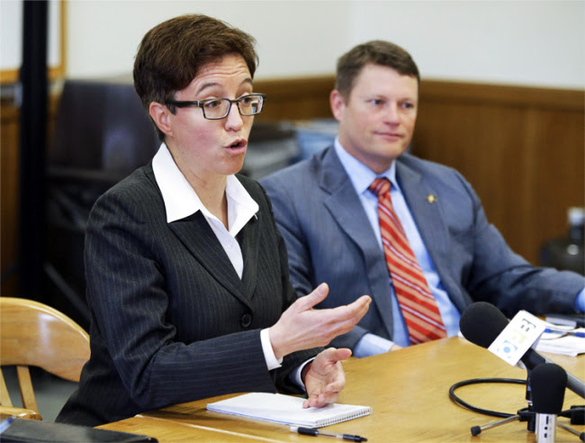 House Speaker Tina Kotek and Republican Leader Mike McLane aren't on the same page when it comes to how to proceed on addressing Oregon's $1.4 billion budget hole, which could result in Oregon lawmakers spending a chunk of their summer in Salem trying to find consensus.