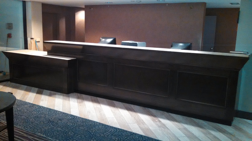 finish job reception counter best western 008.jpg