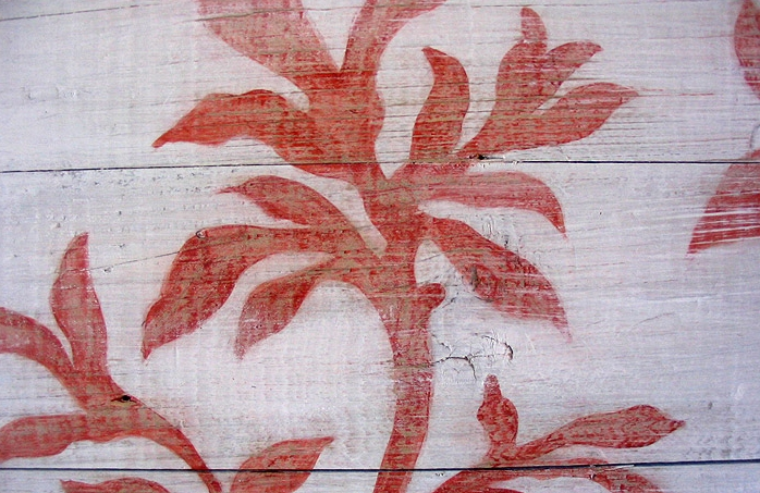 Stencil on Wood: Sample for a painted wood floor.