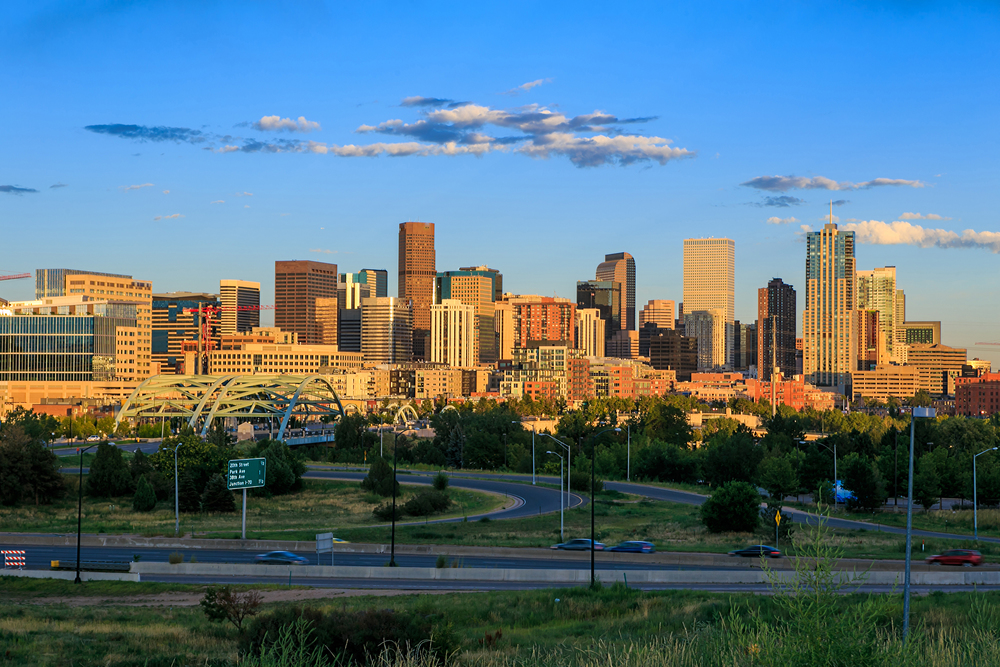 shutterstock_Denver Skyline 216725140