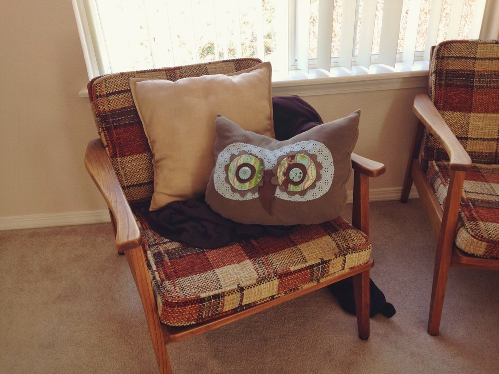 owl+pillow.jpeg