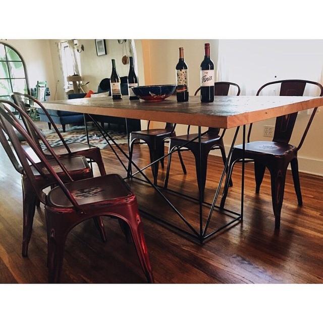 Highland Park Dining Table