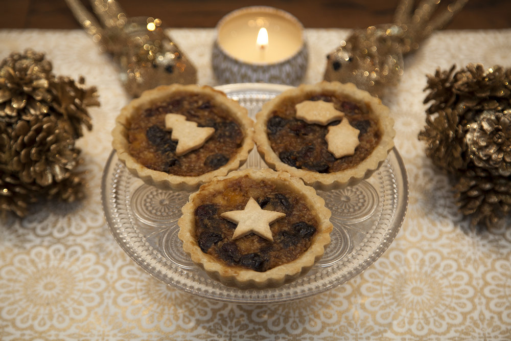 "4"" Christmas Tart (NO SUGAR ADDED)  - Perfectly personal tarts for one or for a mixed dessert table! If your sugar meter is nearing 100 this season, then consider this no added sugar, no compromise, modern take on minced meat pie. Chalk full of dried apricots, raisins, sour cherries and with hints of orange and rum essence, you'll never know what you're missing."