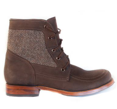 Eliot Boot This well-constructed boot features finely woven English herringbone tweed and top grain chocolate nubuck leather.