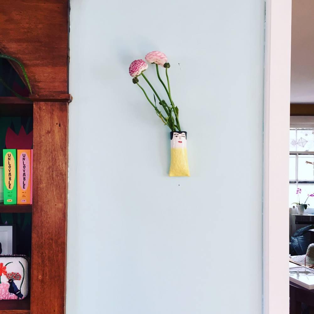 wall vase5.jpg