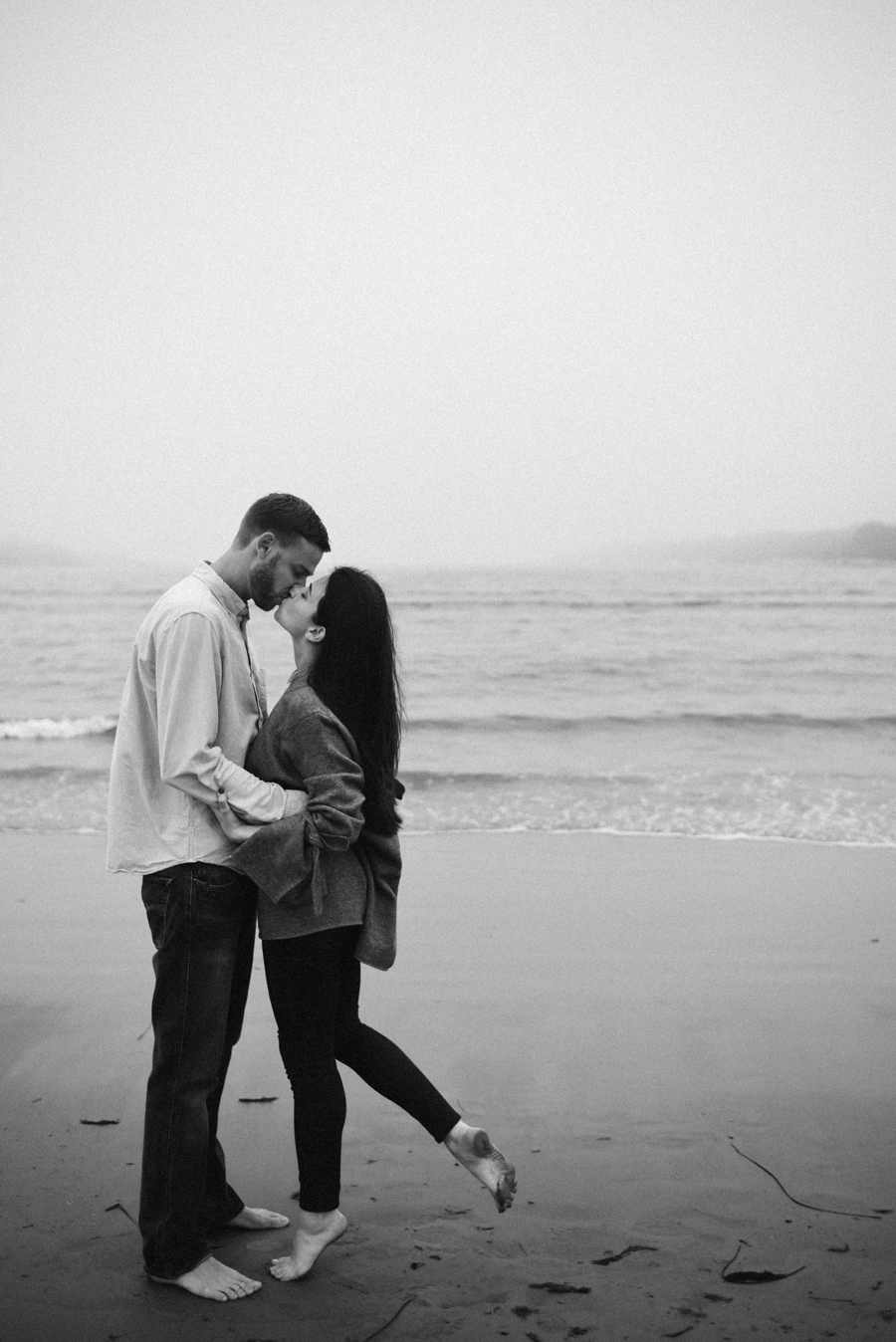 Jamestown_RI_Engagement_Photos-11.jpg