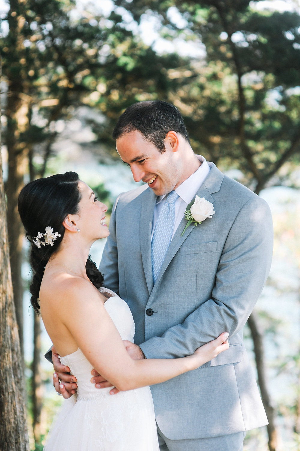 BrideGroomPortraits_Dragonline_Studios_Jamestown_RI_Wedding-32.jpg