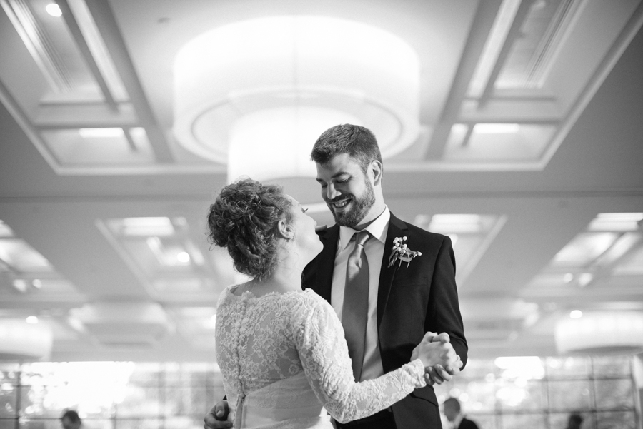 MSU_Kellogg_Center_Wedding-85.jpg