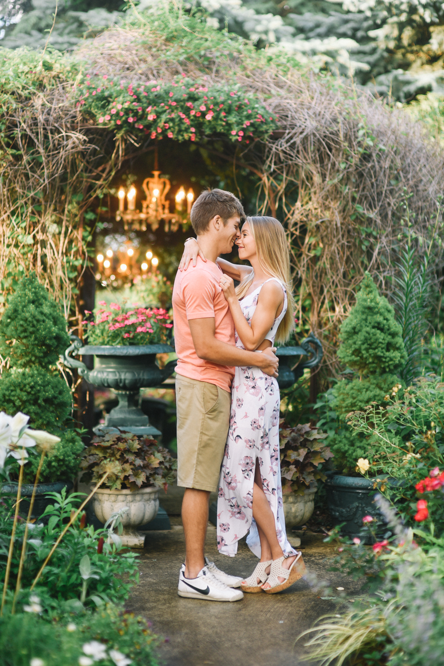 Southern_Exposure_Herb_Farm_Engagement_Photos-2.jpg