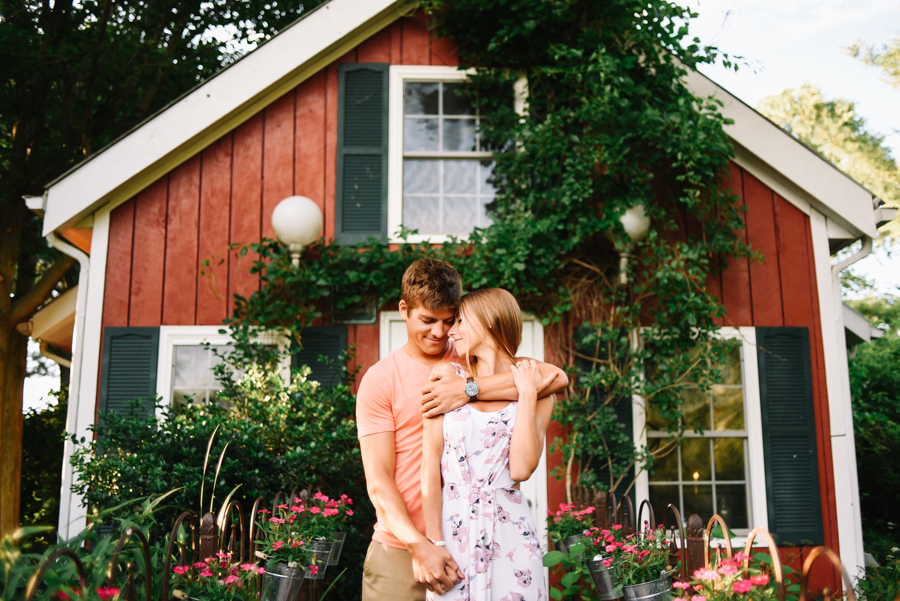 Southern_Exposure_Herb_Farm_Engagement_Photos-20.jpg