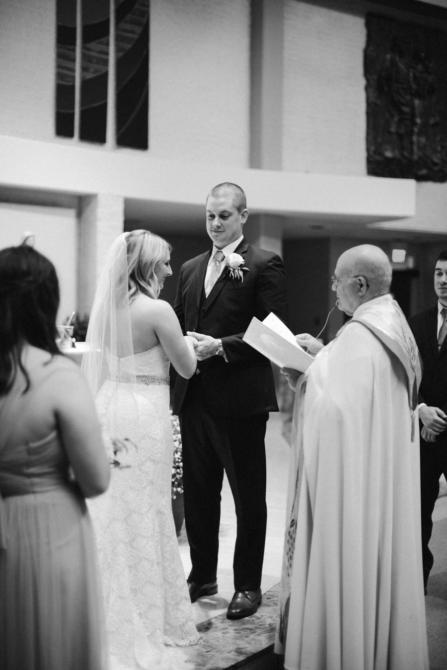 Great_Oaks_Country_Club_Rochester_MI_Wedding-33.jpg