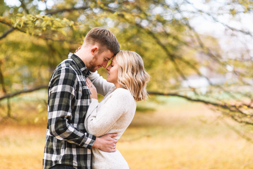 East_Lansing_Engagement_Photos-14.jpg