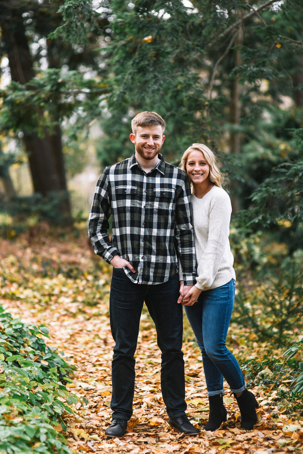 East_Lansing_Engagement_Photos-27.jpg