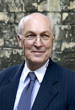 Dr David Young