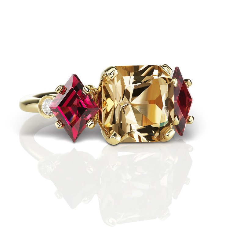 Jane Taylor Jewelry - Cirque Collection The Jester ring with quartz, garnet and diamonds in yellow gold